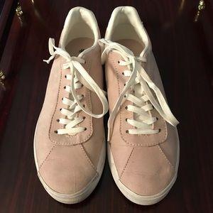 Nice Pink Suede H&M Sneakers!